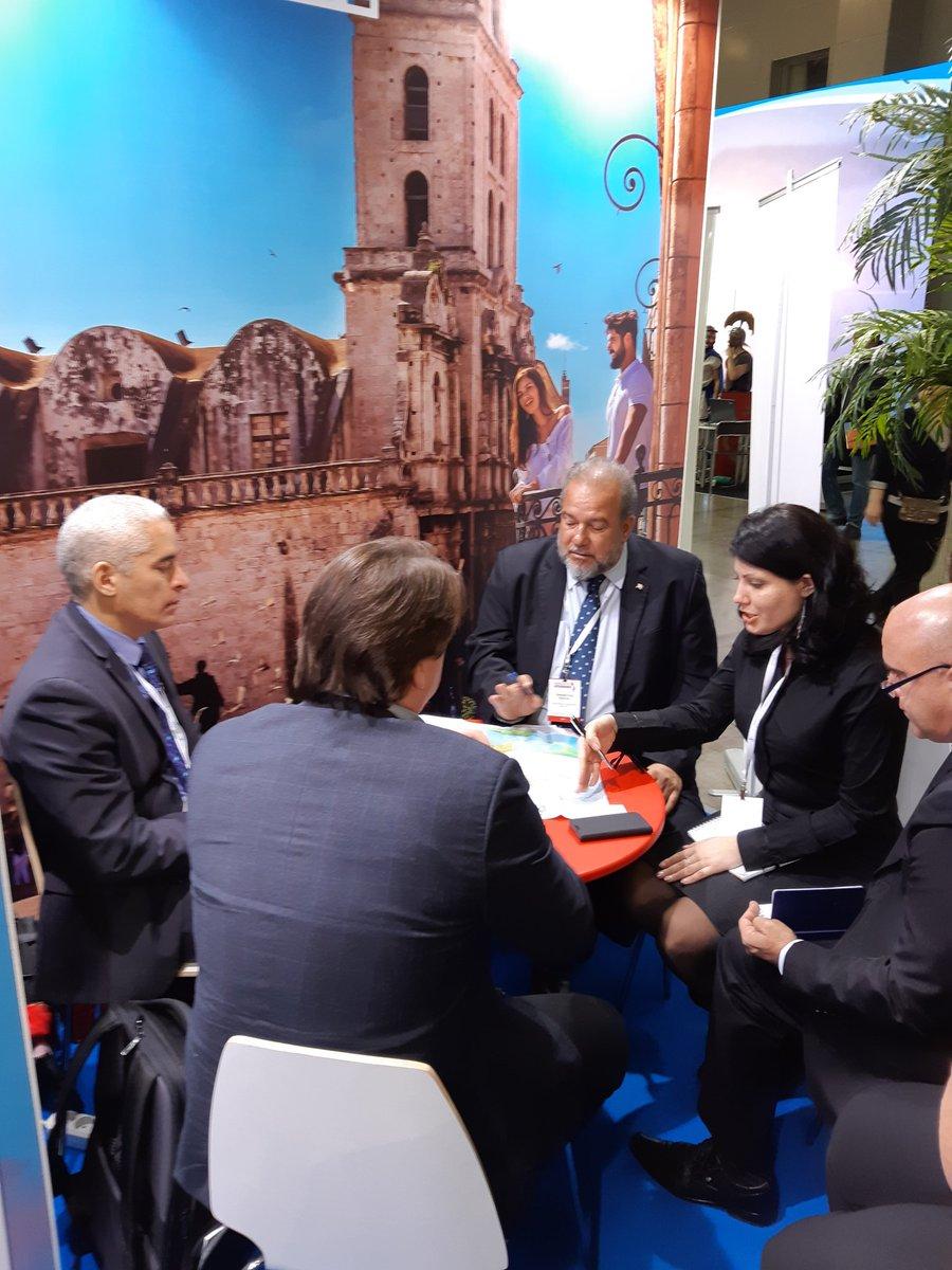 Imagen de la delegación cubana en la feria MITT 2019 publicada en Twitter