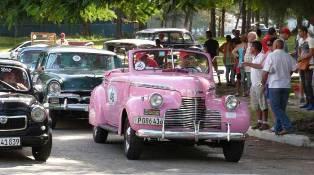 X Rally A Lo Cubano Verano Y Autos Clasicos En La Habana